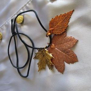 Jewelry - REAL LEAF NECKLACE, Unique and Gorgeous! NWT